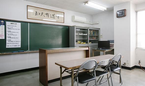 写真:教務室